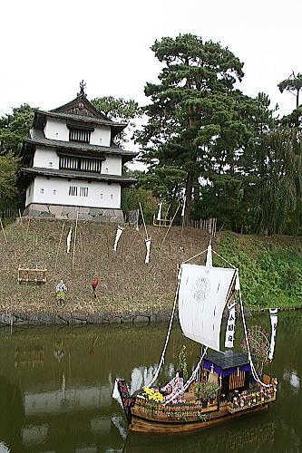 弘前城 菊と紅葉祭り (3)