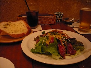 牛肉のたたきサラダ