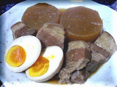 豚の角煮・煮玉子・大根