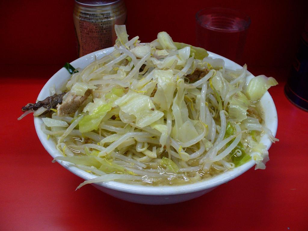 三田本店ラーメンヤサイニンニク