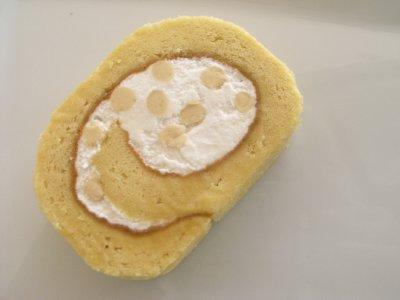 生キャラメルロールケーキ1