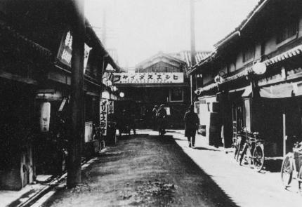 yodoyabashisuji_02.jpg
