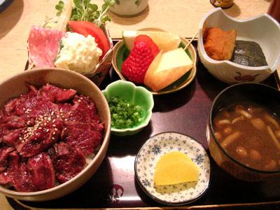 080307天龍軒のさくら丼定食 (1)