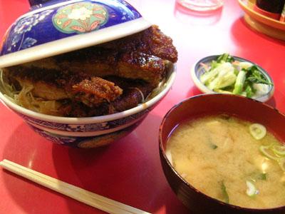 080331ソースかつ丼(玉龍飯店) 001