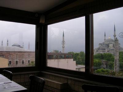 080505フェフミベイからブルーモスクを望む (2)