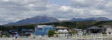 茅から黒富士
