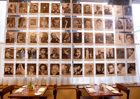 レストラン壁写真