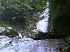 滝 2.jpg