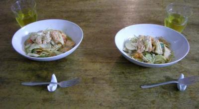 鮭たっぷり!野菜たっぷり白ワインのパスタ!2008.2.12