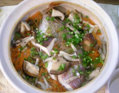 鯛の炊き込み土鍋ごはん。2008.2.16