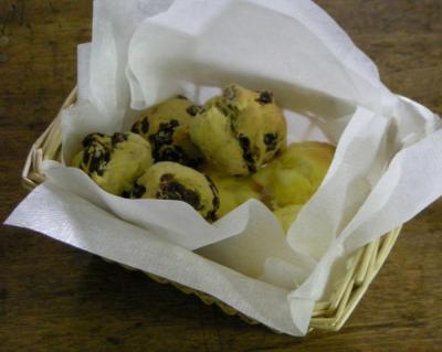 カシス&レーズンとチーズのスコーン 2008.3.19