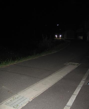 200810085夜の散歩