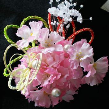 ブロッサムフラワーと蝶の髪飾り