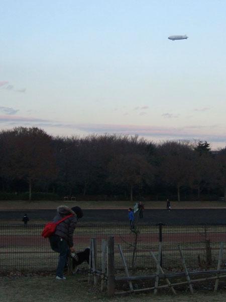 飛行船と空飛ぶばい菌(2008/1/3)