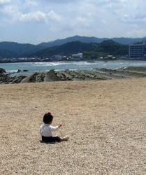 砂浜で一人・・・