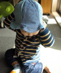 帽子をかぶる2