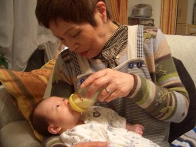 哺乳瓶の練習