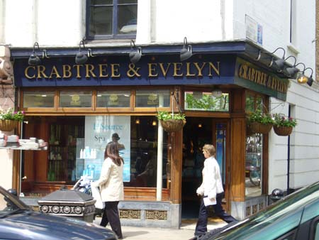 CRABTREE & EVELYN
