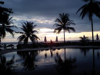 chedi sunset