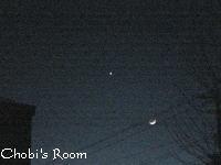 西の空では、月と金星が接近☆