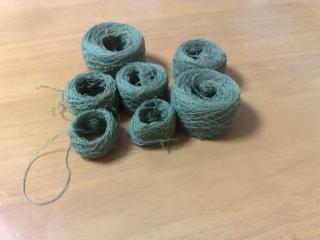 yarn_rolls