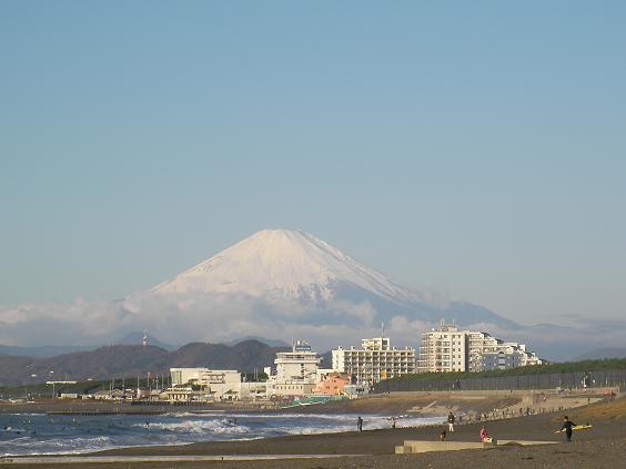 12月6日土曜朝の富士山