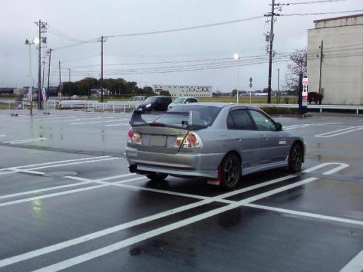 ドラッグストア駐車場