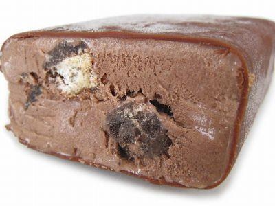 ユーラク--ブラックサンダーアイス。