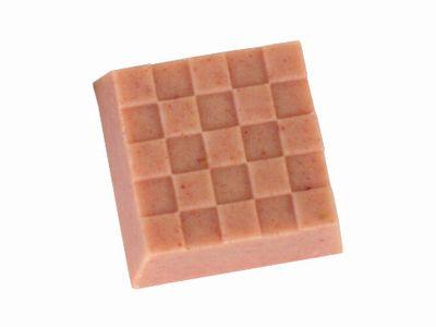チロルチョコ--苺みるく大福。