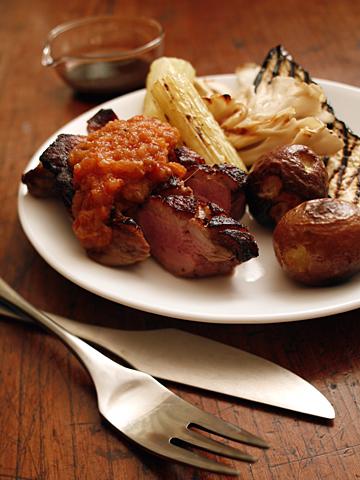 岩井食堂風鴨肉のグリル:トマト林檎ソース