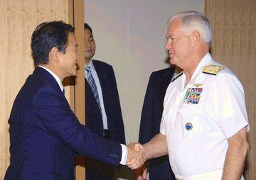 外交タロー:20070717 キーティング米太平洋軍司令官の表敬1