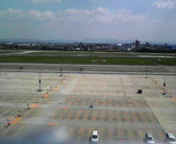 空港のモール3