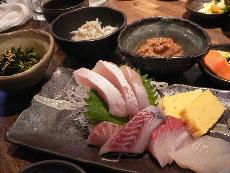 刺身と3種の小鉢定食