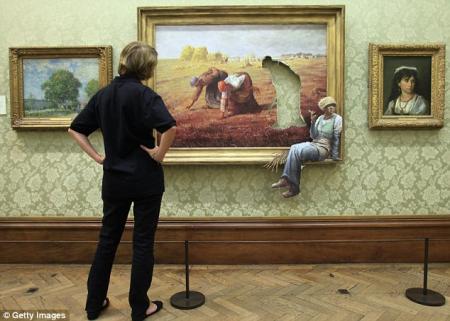 Banksy Versus Bristol Museum_3