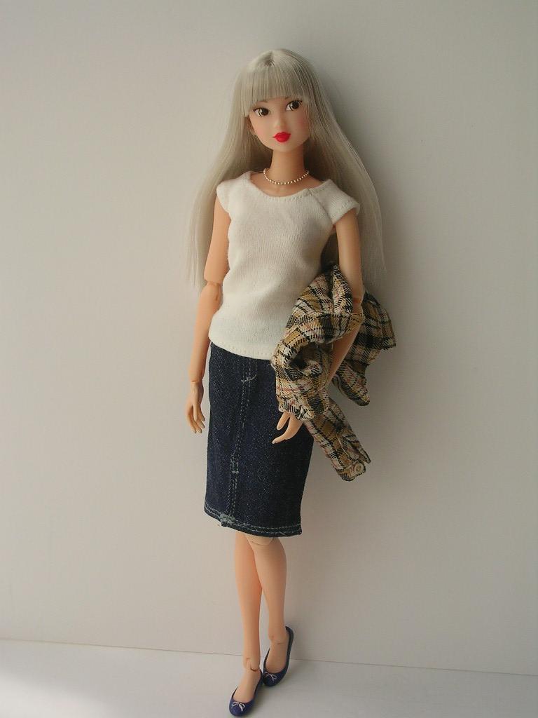 Tin Girl4