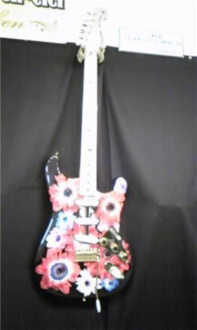 Anemone guitar