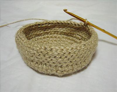 麻ひも編み編み途中経過