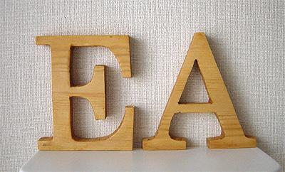 木製アルファベット EA①