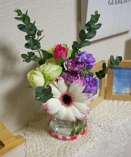 2007110611月の部屋花