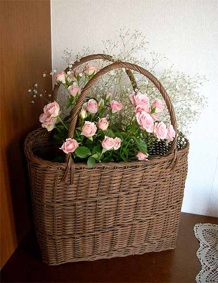 20071125籠に薔薇