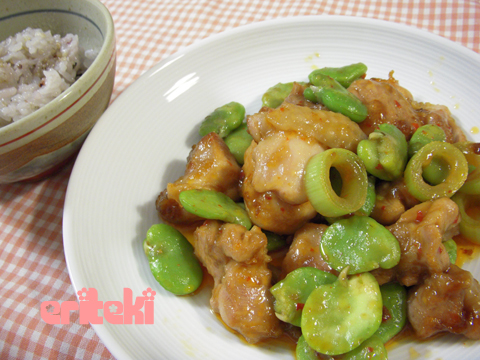 ソラマメと鶏肉の炒め物