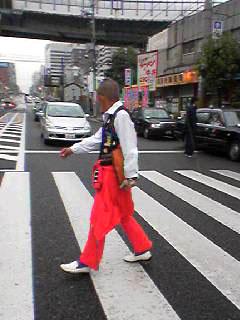 日松亭2横断歩道