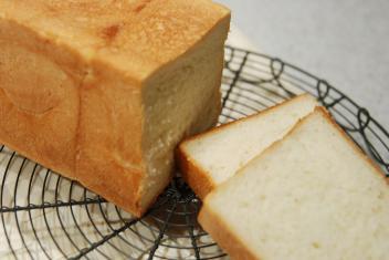 白神酵母四角い食パン2