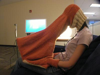20081019wooly-laptop-jumper10.jpg