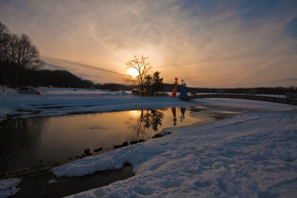 湖上の夕暮れ