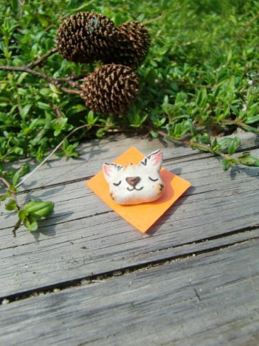 手づくり陶器猫ボタン(男性作)
