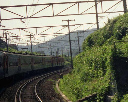 19730807関西線踏破クモニ83-1