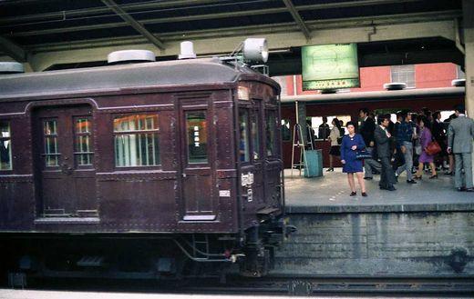 1973クモニ13002東京駅-1
