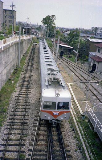 1981年交流山電鉄698-1