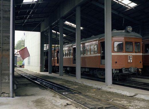 1981年交流山電鉄695-1
